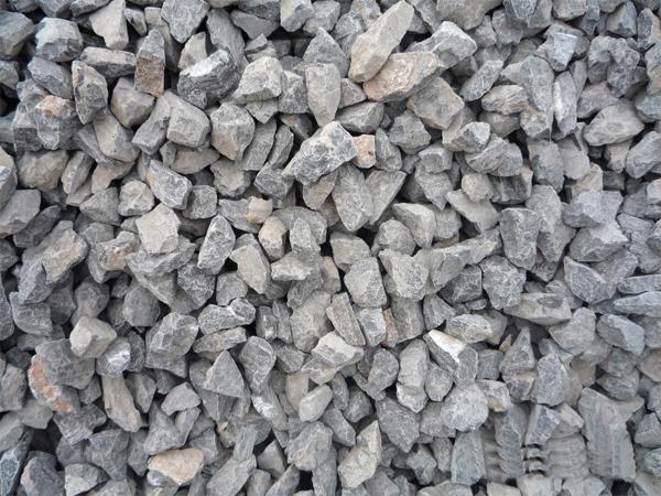 农业上,用生石灰配制石灰硫黄合剂,波尔多液等农药.